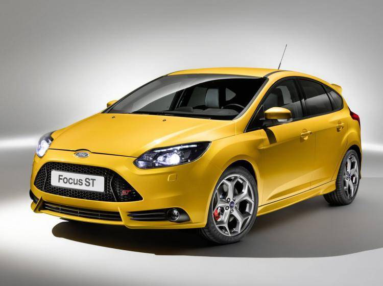 Фото Ford Focus ST III - схожий с Buick Excelle II