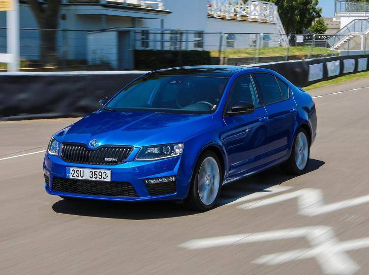 Фото Skoda Octavia RS A7 - схожий с Buick Excelle II