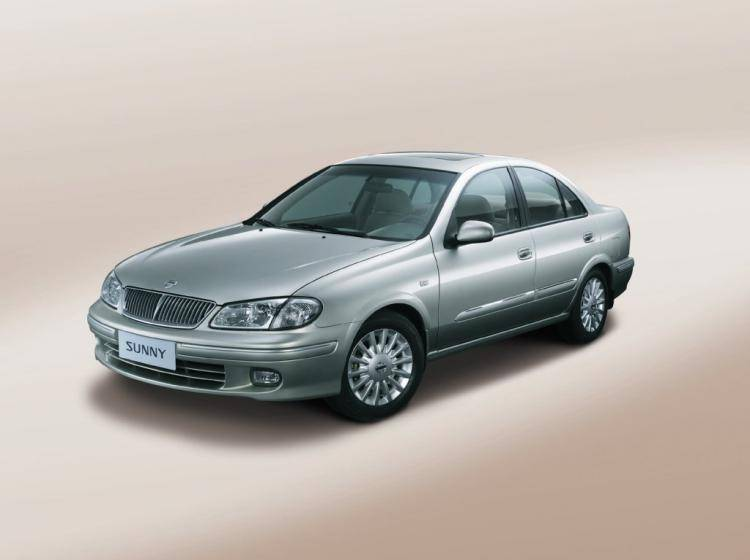 Фото Nissan Sunny N16 - схожий с Buick Excelle I