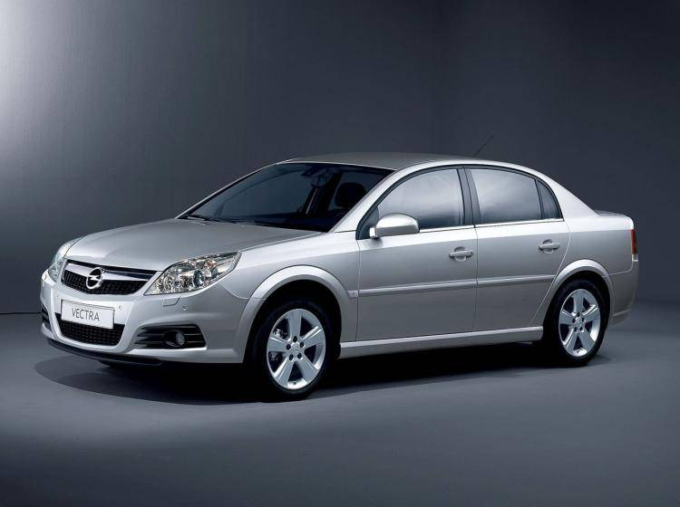 volvo s60 vs opel vectra c