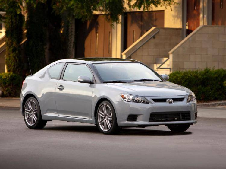 Фото Scion tC II - конкурент Kia Cerato III